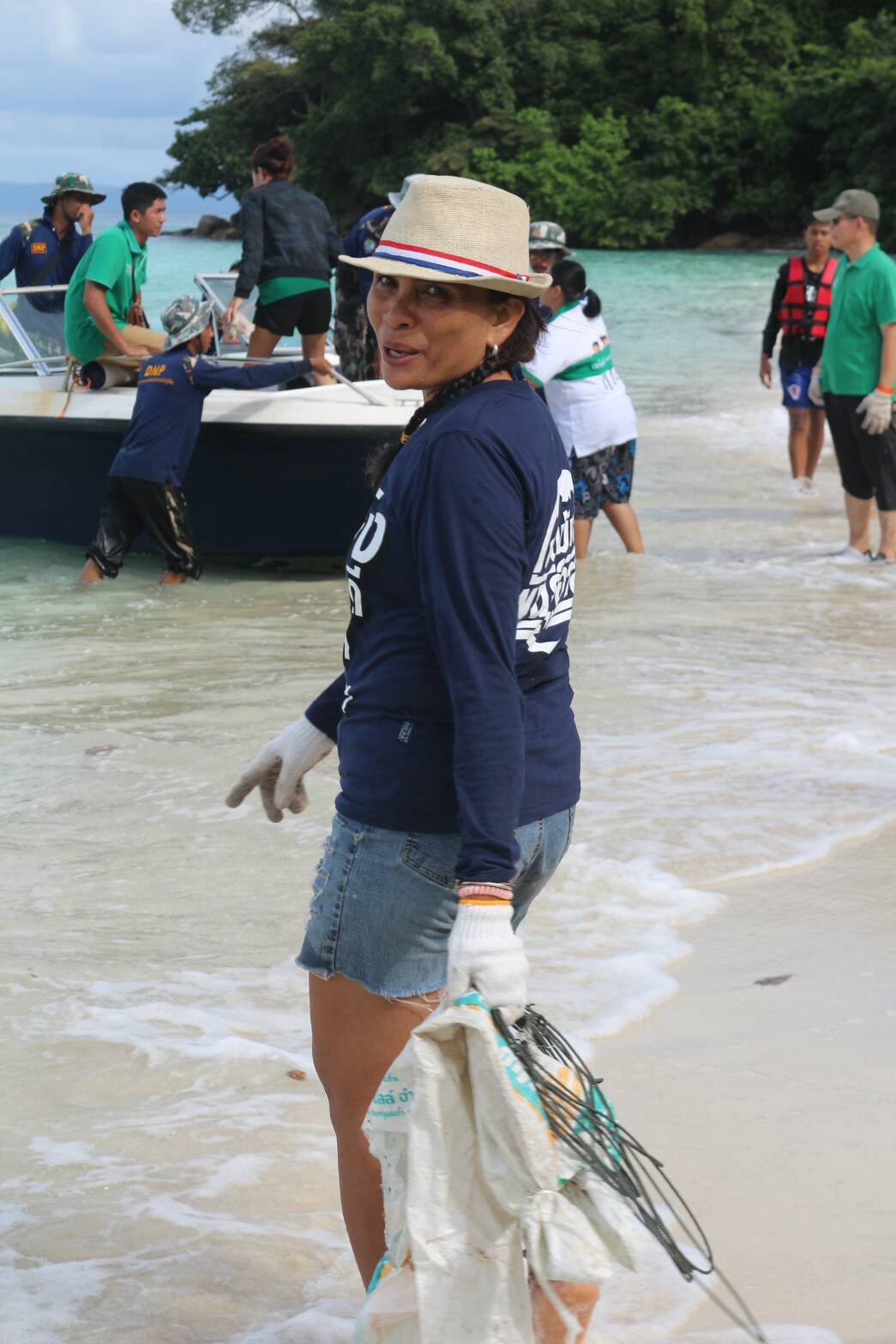 BB-sea-and-beach-clean-up