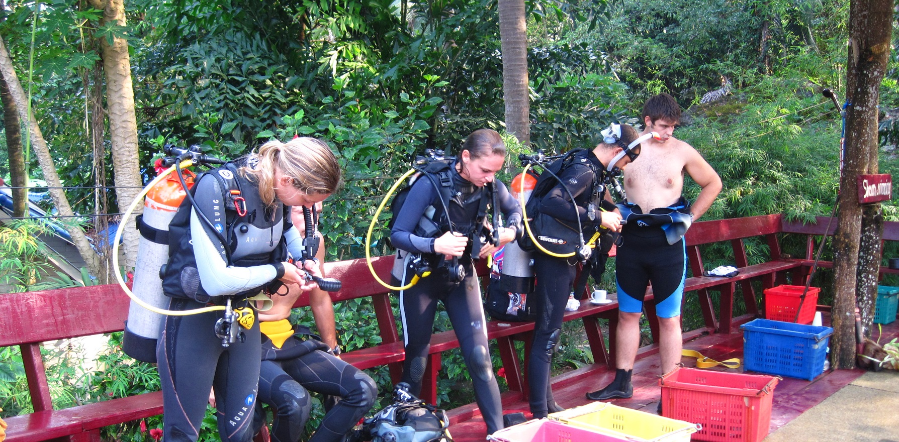 confined-water-training-idc